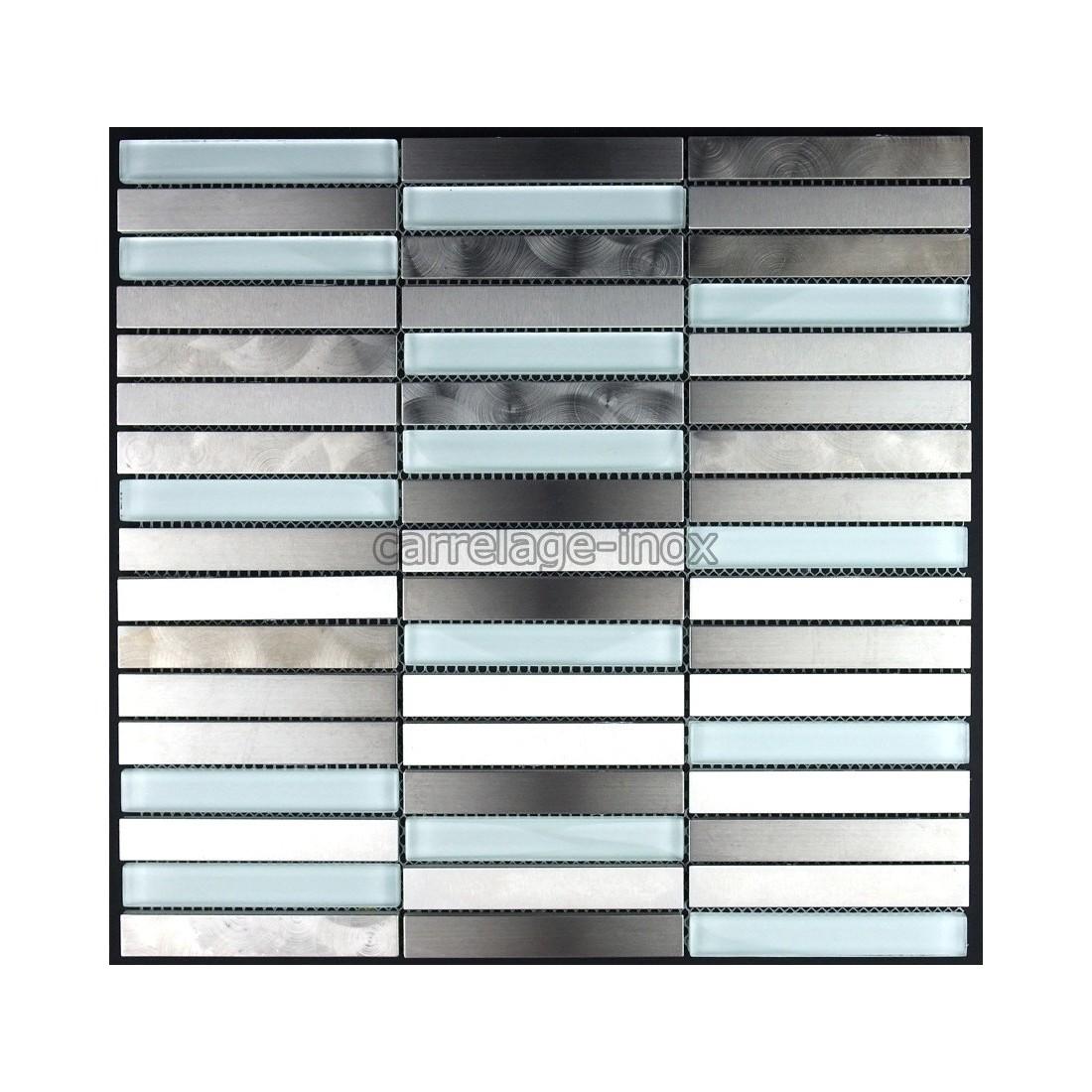 Carrelage inox et verre mosaique plan travail cuisine for Plan travail salle de bain verre
