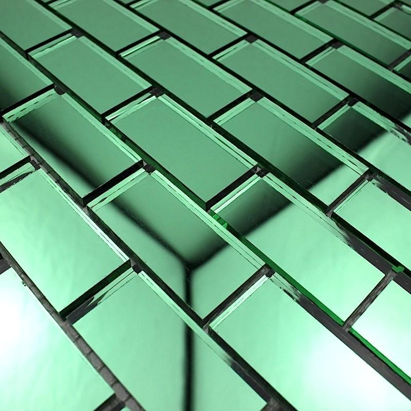 Mosaique de verre salle de bain reflect vert carrelage for Carrelage salle de bain vert