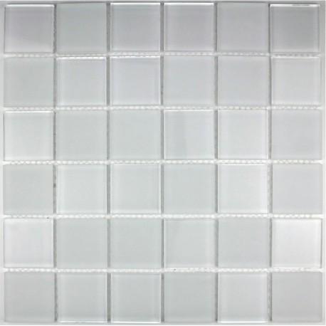 mosaique verre, crédence cuisine verre, mosaïque douche mat blanc
