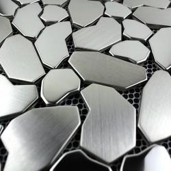 muestra mosaico acero para suelo de ducha modelo galet inox