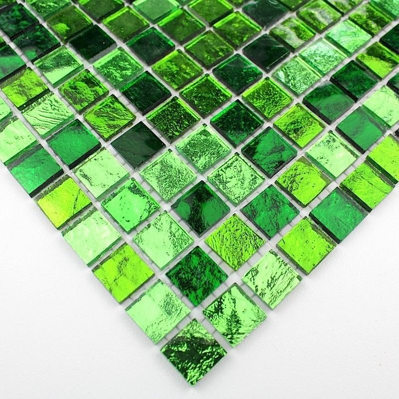 Mosaique de verre carrelage vert sol et mur 1m gloss vert - Carrelage sol vert ...