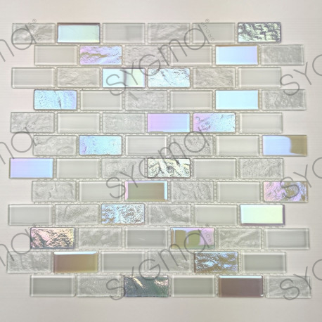 Glass mosaic for kitchen or bathroom walls Kalindra Blanc